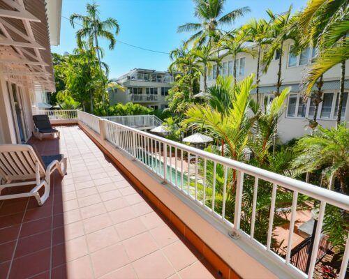 Balboa-Port-Douglas-Apartments-Unit-2 (13)